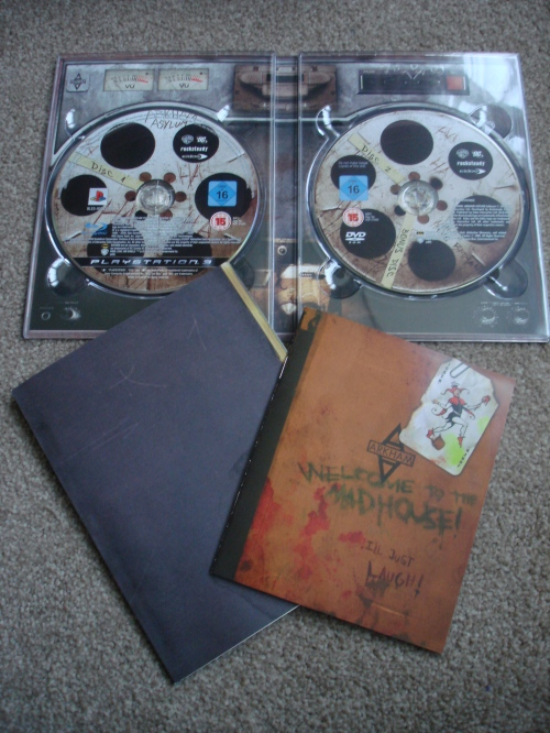 "The rest of the contents includes a making-of dvd, Arkham Inmates Journal Booklet, and the downloadable content ""Crime Alley"" code"